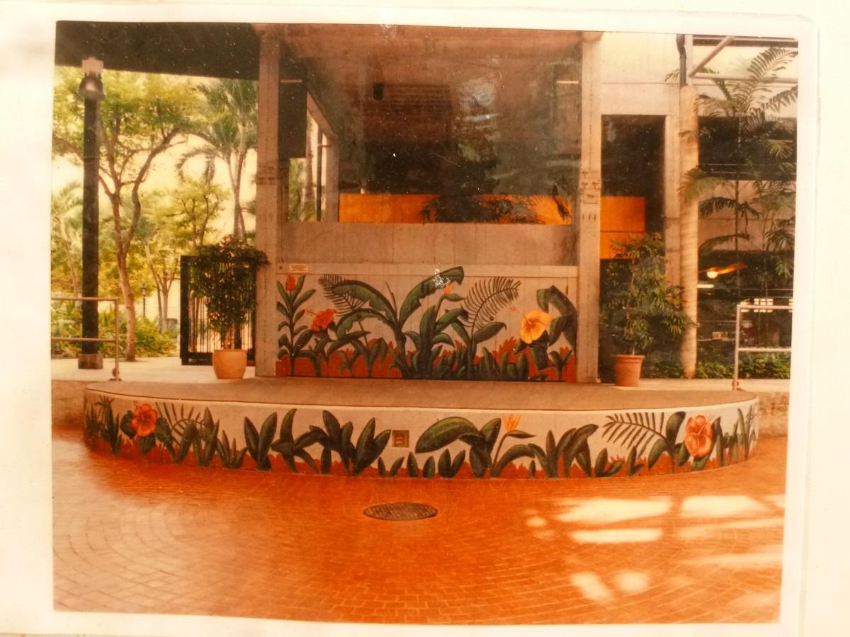 honolulu-murals-by-hawaii-artist-mark-n-brown-06.jpg